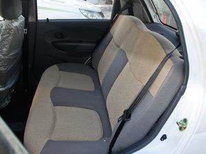 2012款改款 1.0L 手动P-TEC优越版 后排座椅