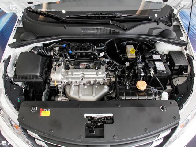 动力上提供了1.2L和1.5L共两款发动机可选,其中1.2L自然吸气发动机最大功率60.3kW(82Ps),最大扭矩116Nm。