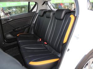 2016款1.2L 手动豪华型 后排座椅