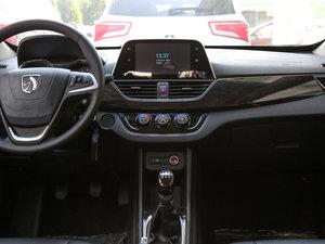 2016款1.2L 手动豪华型 中控台