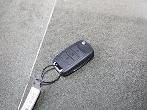 2016款1.2L 手动豪华型 钥匙