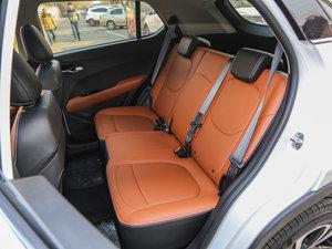 2017款1.5L 手动豪华型 后排座椅