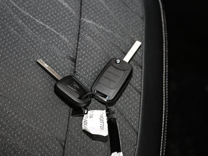 2017款1.5L 手动时尚型 钥匙