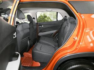2017款1.5L 手动舒适型 后排空间