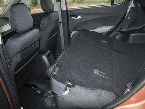 2017款1.5L 手动舒适型 后排座椅放倒