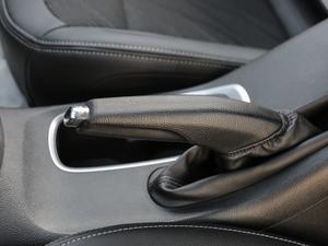 2017款1.5L 自动时尚型 驻车制动器