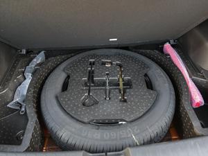 2017款1.5L 自动时尚型 备胎