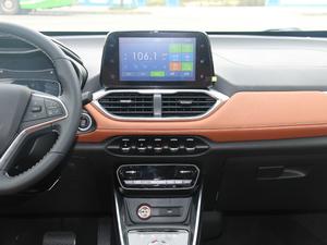 2017款1.5L 自动豪华型 中控台