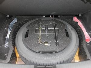 2017款1.5L 自动豪华型 备胎