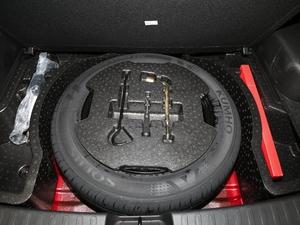 2018款1.5L 自动周年特别版 备胎