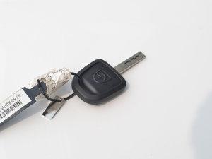 2017款1.2L 手动超值型 钥匙