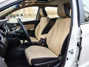 2017款1.5L 手动豪华型 前排座椅