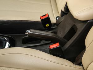 2017款1.5L 手动豪华型 驻车制动器