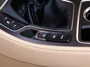 2017款1.8L AMT智能手动尊享型 7座 驻车制动器