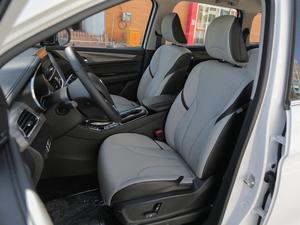 2018款1.5T DCT旗舰型 前排座椅