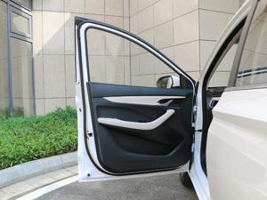 2018款1.5L 手动豪华型 驾驶位车门