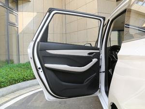 2018款1.5L 手动豪华型 后车门