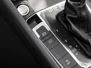 2018款280TSI自动豪华型 驻车制动器