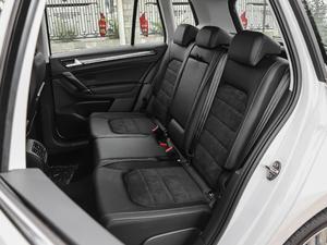 2018款2周年纪念版 230TSI 自动豪华型 后排座椅
