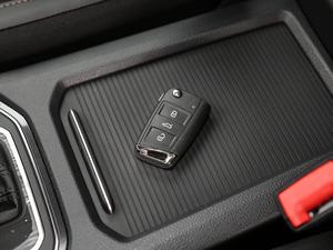 2018款2周年纪念版 230TSI 自动豪华型 钥匙