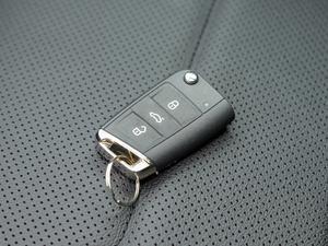2019款380TSI 四驱尊贵型 国V 钥匙