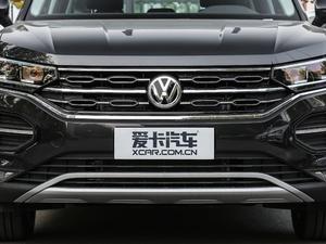 2019款330TSI 两驱豪华型 国V 中网
