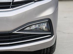 2019款1.5L 自动舒适型 雾灯
