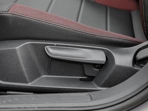 2019款1.5L 自动舒适型 座椅调节