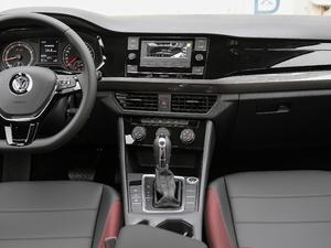 2019款1.5L 自动舒适型 中控台