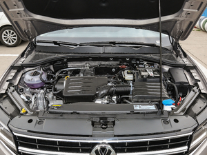 2019款1.5L 自动舒适型 发动机