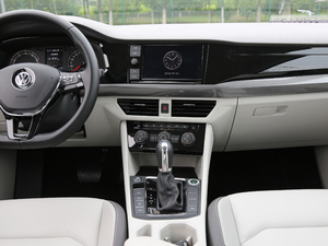 2019款280TSI DSG豪华型 中控台