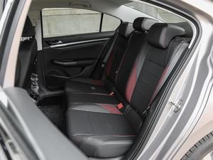 2019款1.5L 自动精英型 后排座椅