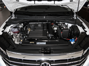 2019款280TSI 自动舒适型 发动机