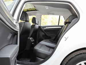 2019款1.6L 自动舒适型 后排空间