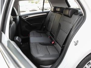 2019款1.6L 自动舒适型 后排座椅
