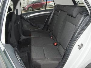 2016款1.6L 自动时尚型 后排座椅