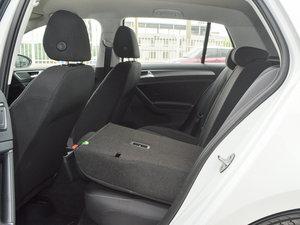 2016款1.6L 自动时尚型 后排座椅放倒