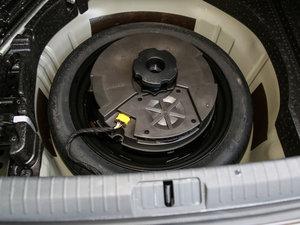 2017款380TSI DSG 旗舰型 备胎