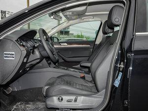 2017款330TSI DSG 豪华型 前排空间