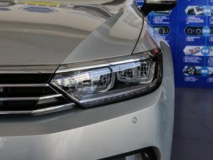 2017款330TSI DSG 豪华型 头灯