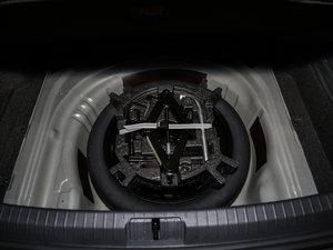 2017款330TSI DSG 豪华型 备胎