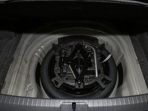 2017款380TSI DSG 豪华型 备胎