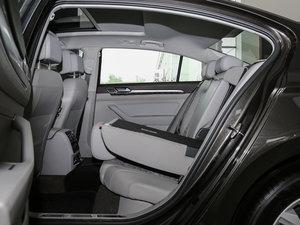 2017款380TSI DSG 豪华型 后排座椅放倒