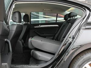 2017款330TSI DSG 舒适型 后排座椅放倒