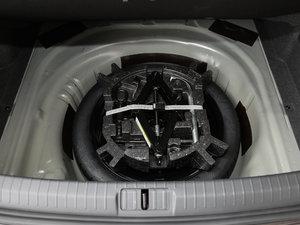 2017款330TSI DSG 舒适型 备胎