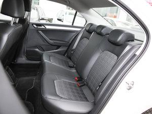 2017款1.5L 自动舒适型 后排座椅