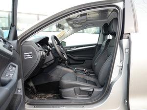 2017款230TSI DSG舒适型 前排空间