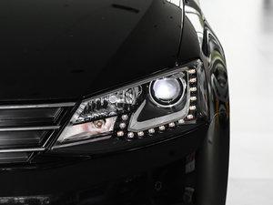 2017款230TSI 手动豪华型 头灯
