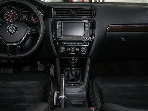 2017款230TSI 手动豪华型 中控台