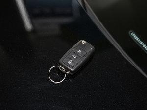 2017款230TSI 手动豪华型 钥匙